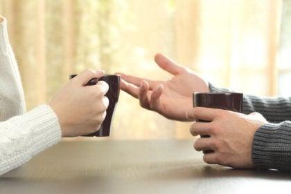 Como se expressar em uma discussão