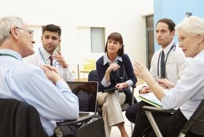 Psicólogos discutindo