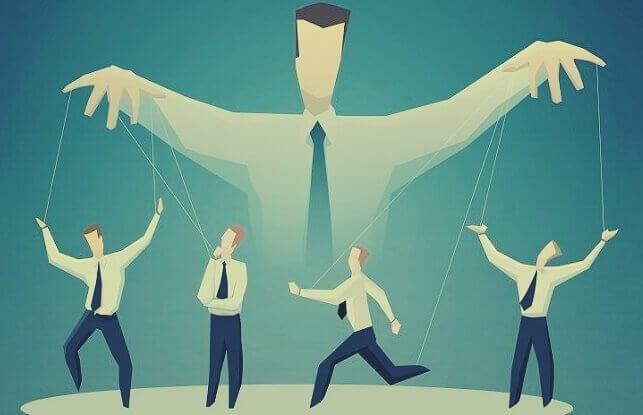 Estratégias de manipulação em massa