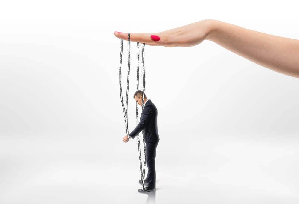 Manipulação social