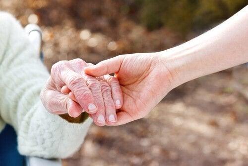 O apoio a pessoas com Alzheimer
