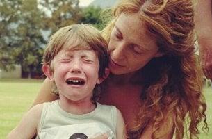 Técnicas psicológicas para acalmar crianças nervosas
