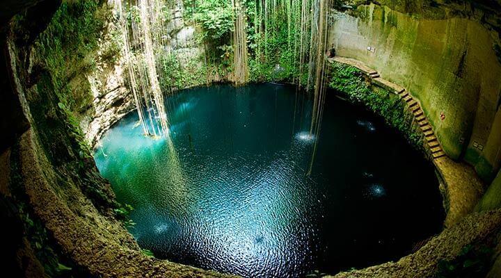 Cenote da Península de Yucatán (México)