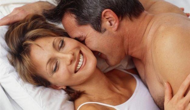 Sexo entre pessoas maduras