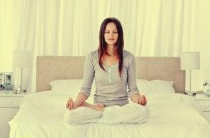 Técnicas de relaxamento para dormir melhor