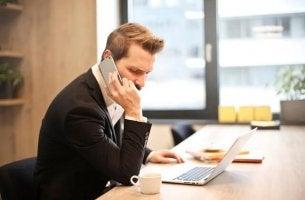 Causas psicológicas do absenteísmo no trabalho