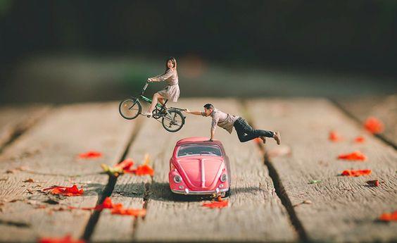 Bonecos de casal em miniatura
