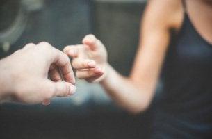 Como se reconciliar depois de uma grande discussão