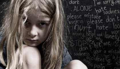 O abuso verbal na infância deixa marcas