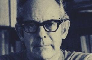 Rollo May e o existencialismo na psicologia