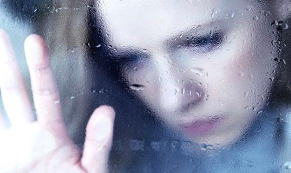 Desamor, a vertigem de um sentimento que a alma não supera