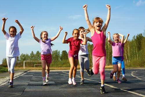 Por que é importante que as crianças pratiquem esportes?