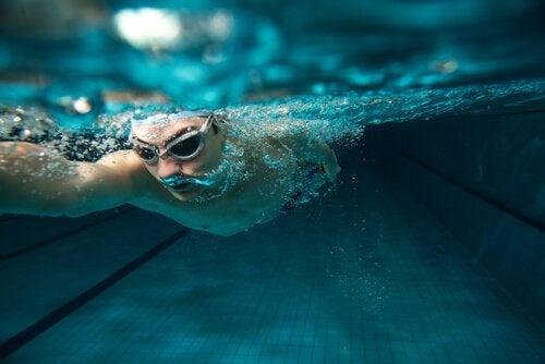 Benefícios psicológicos da natação