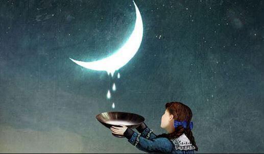 Menina recolhendo leite pingando da lua