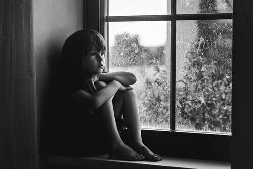 3 sinais de falta de afeto em crianças