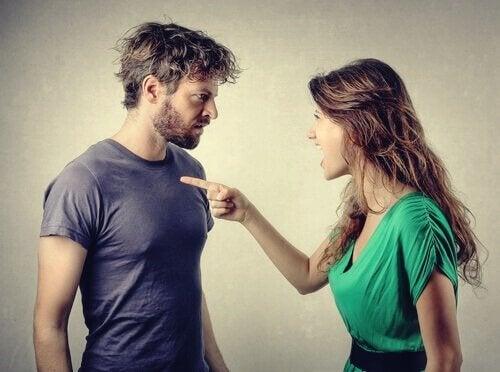 Discussão de casal