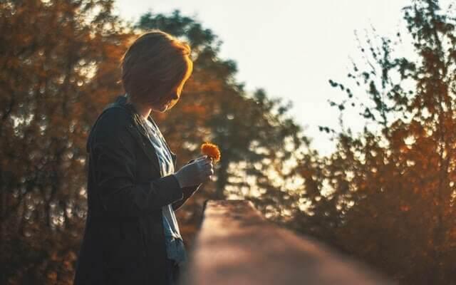 Pensar muito nas lembranças do passado significa viver pouco