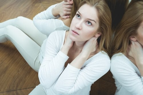 Mulher com transtorno ciclotímico