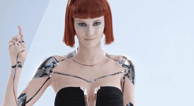 Robô do sexo feminino