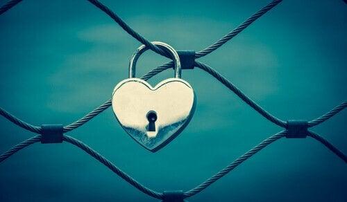 Cadeado em formato de coração