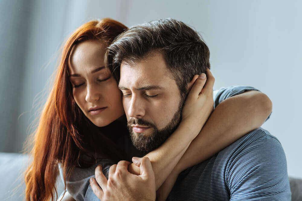 Casal enfrentando transtorno de personalidade masoquista