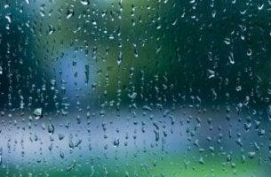 Aproveitar o som da chuva