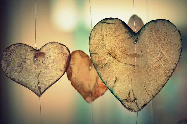 Corações representando amor platônico