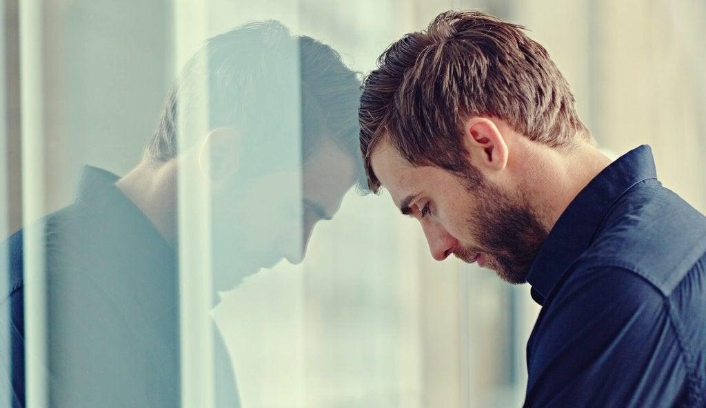 Homem enfrentando o efeito einstellung