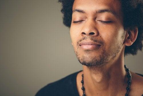 Exercícios de respiração para aliviar a ansiedade