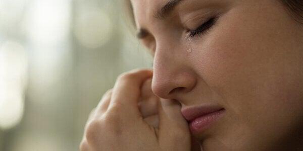 Como lidar com o fim inesperado de uma relação?