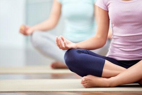 Hatha yoga: características e benefícios