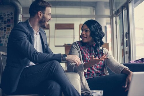 Conversa com conexão emocional