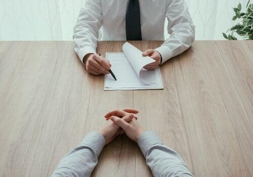 O que não perguntar em uma entrevista pessoal