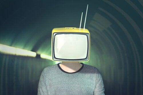 A manipulação da mídia
