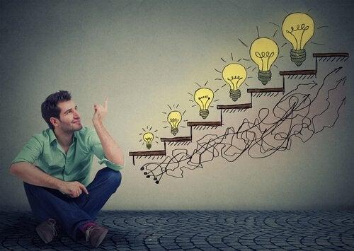 Homem pensando em ideias inovadoras