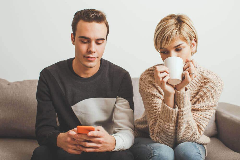Desconfiança no relacionamento