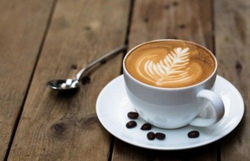O aroma do café estimula o cérebro e melhora os processos cognitivos