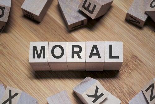 Cumprir com nossos valores através da obrigação moral