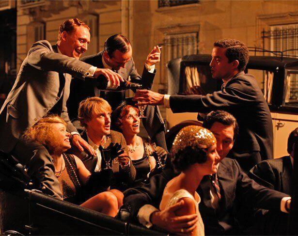 Cena de 'Meia-Noite em Paris'