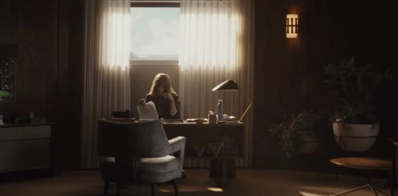 Homecoming: um thriller psicológico sobre emoções e memória