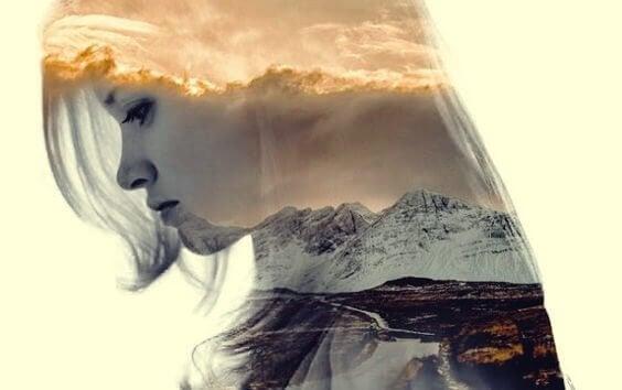 Silhueta de mulher com paisagem natural