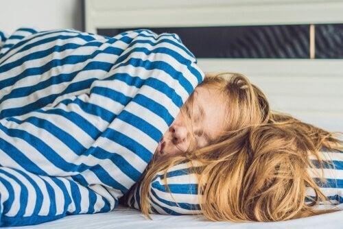 Dormir muito: 5 consequências para a saúde