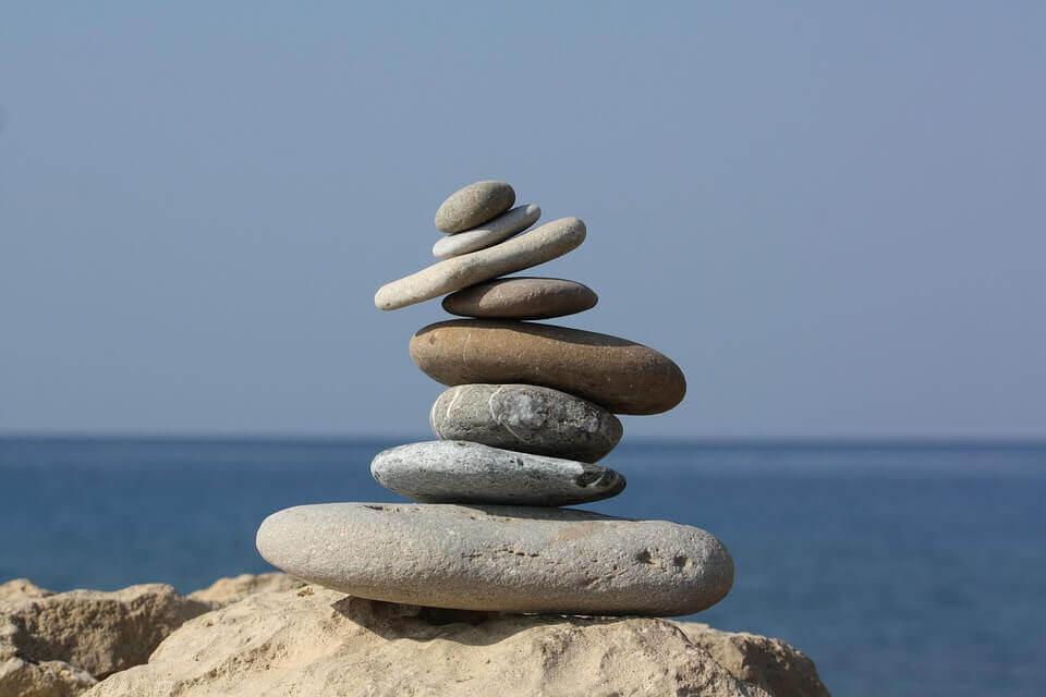 Pedras representando equilíbrio