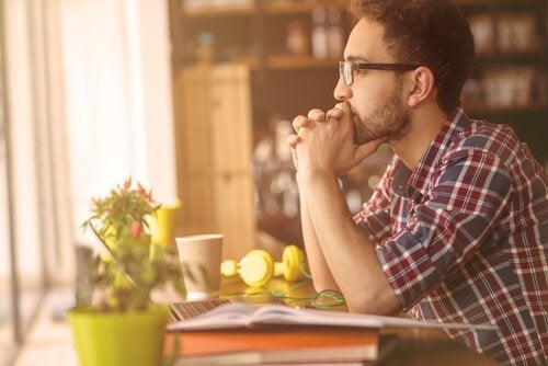Obstinação e firmeza: em que se diferenciam?