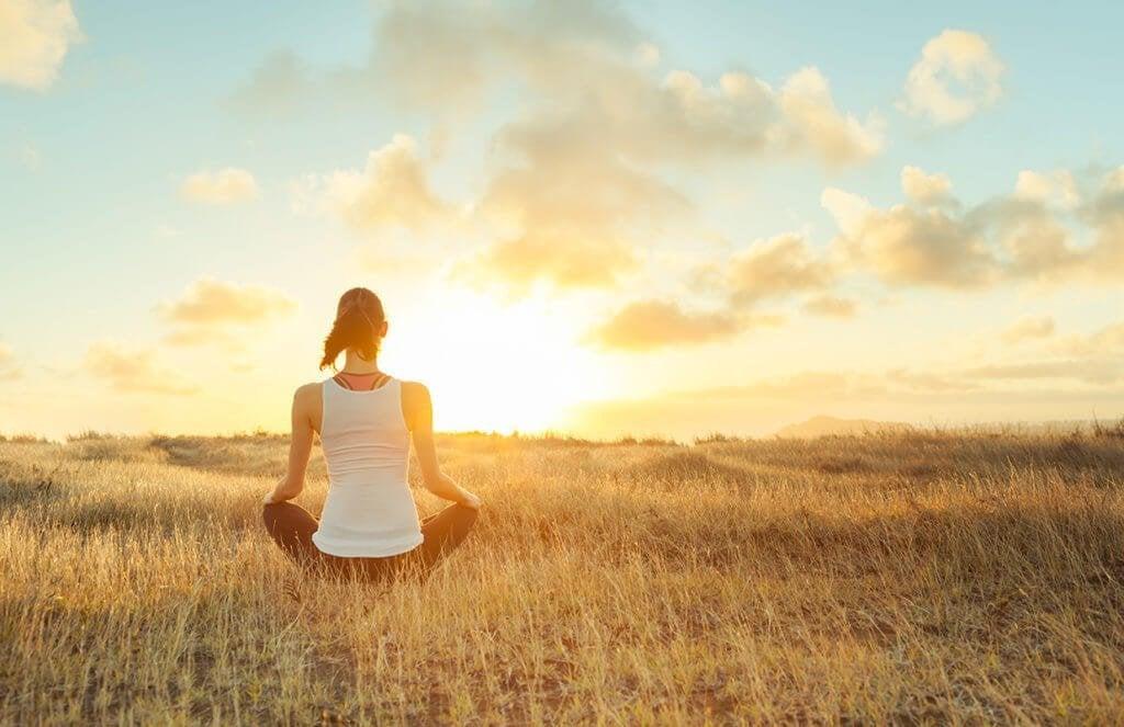 Praticar mindfulness alivia a dor, segundo um estudo