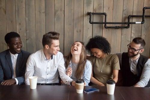 Benefícios do bom humor para a nossa mente