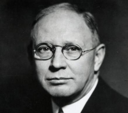 Clark L. Hull e o behaviorismo dedutivo