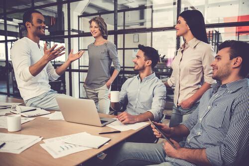 Grupo de trabalho no escritório