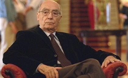 José Saramago: a biografia do escritor que falou sobre a cegueira social