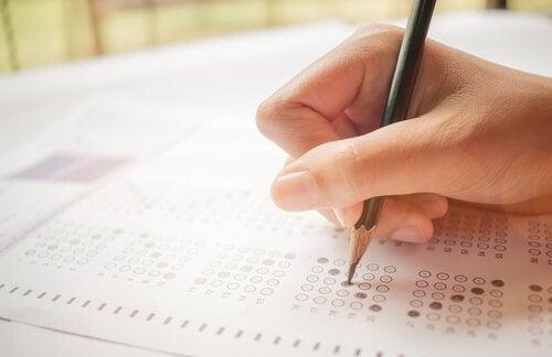 A teoria clássica dos testes